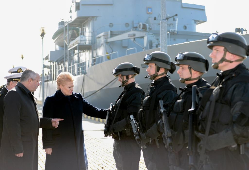 Встреча президента Литвы Дали Грибаускайте с военнослужащими