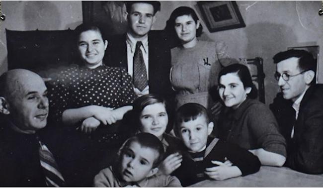 Родня Евгения Халдея. 1940 г.