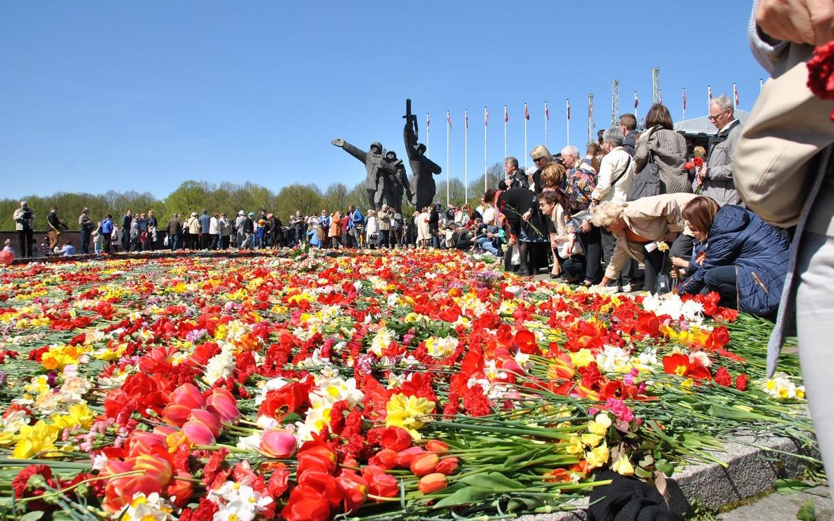 Памятник советским воинам в Риге
