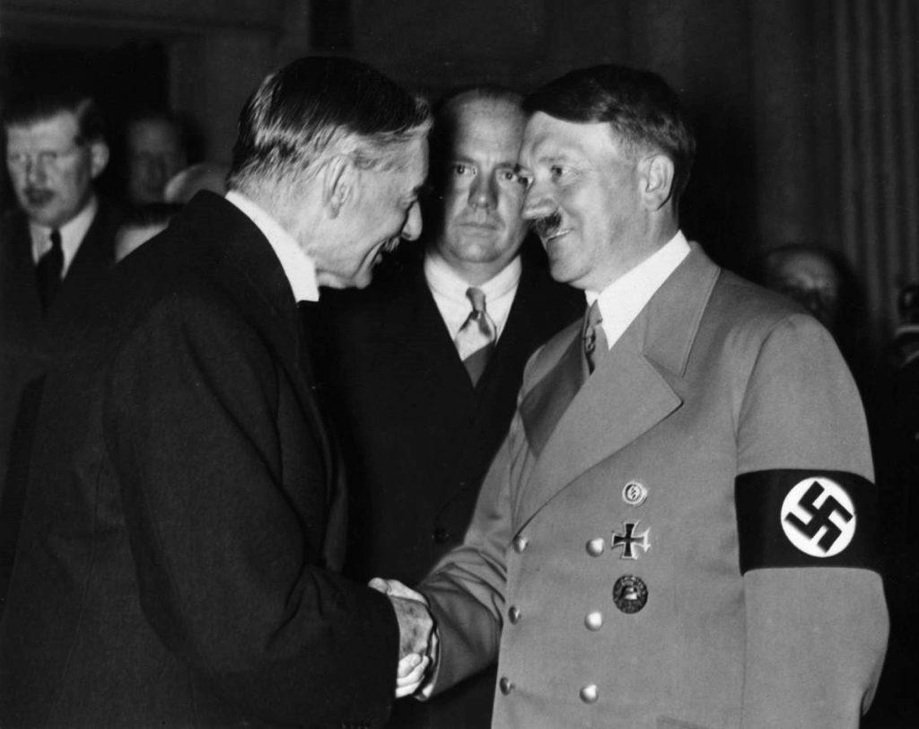 Мюнхенский сговор. Чемберлен и Гитлер