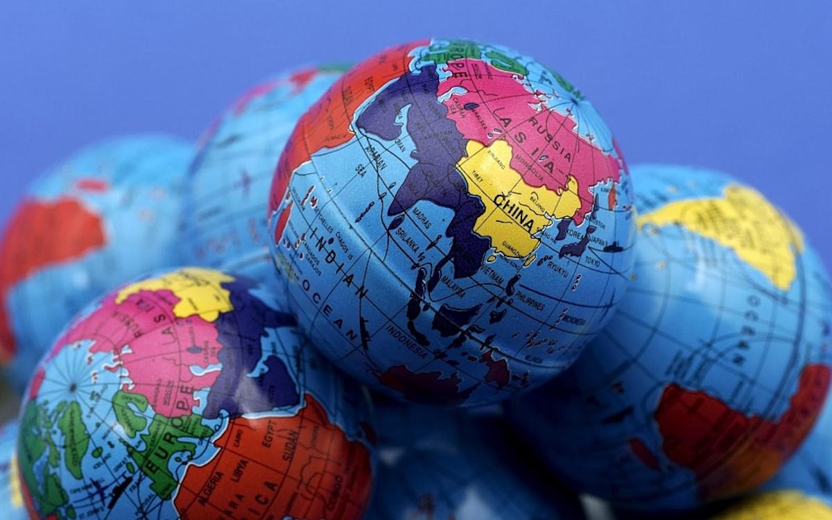 Нужен ли России свой глобальный проект?