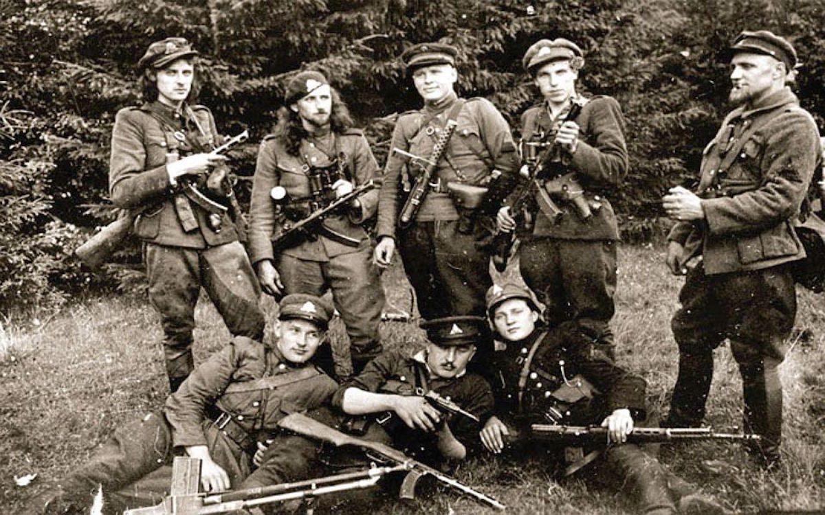 Наследники гитлеровских недобитков