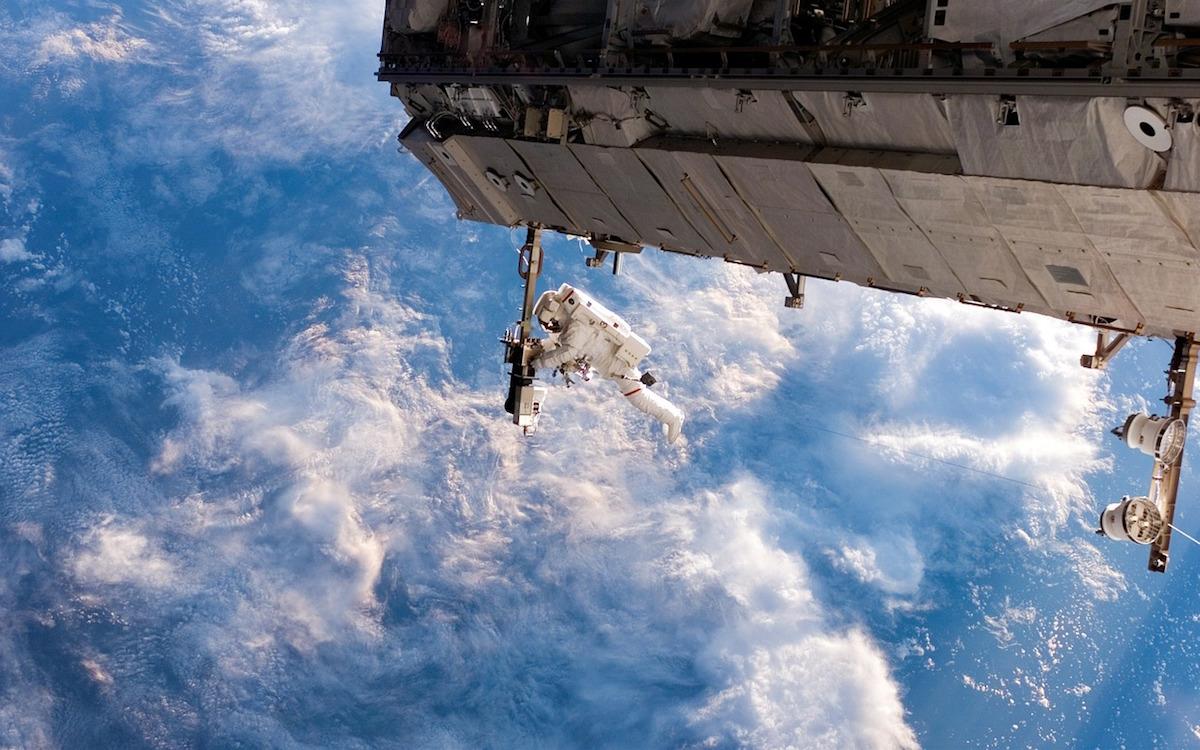 МКС. Выход в открытый космос