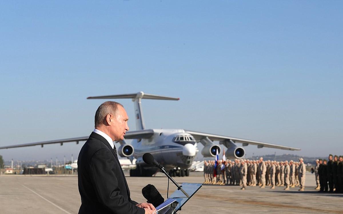 Триумфальный визит Путина