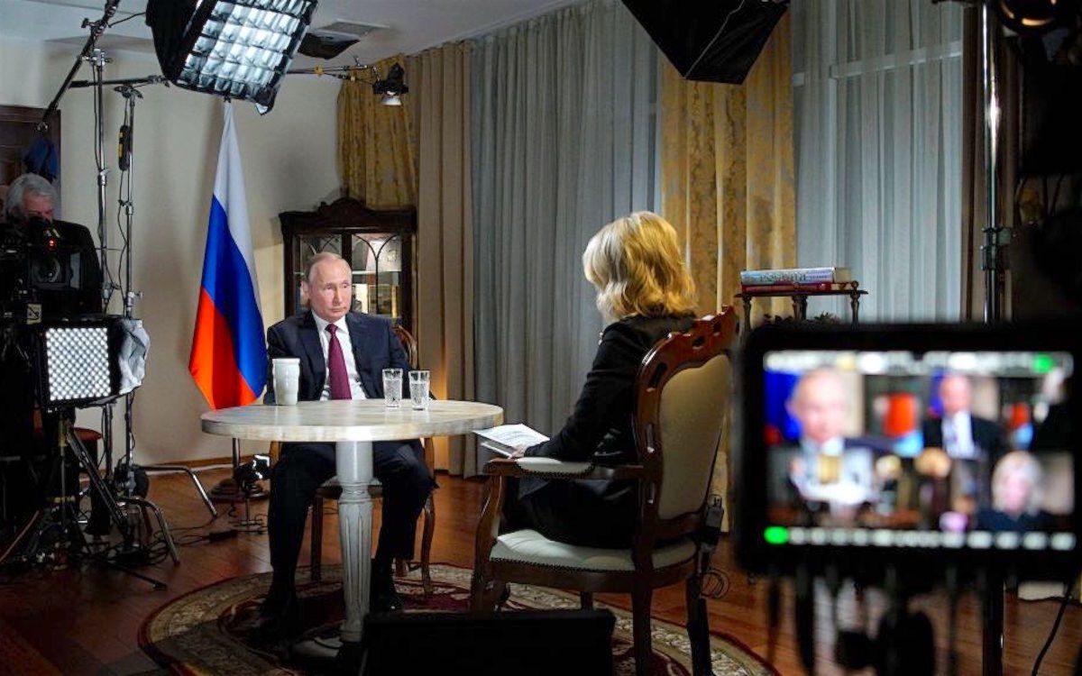 """Иностранцы поразились наглостью канала NBC вырезавшего из интервью все ключевые фразы Путина: """"что это за фарс?»"""