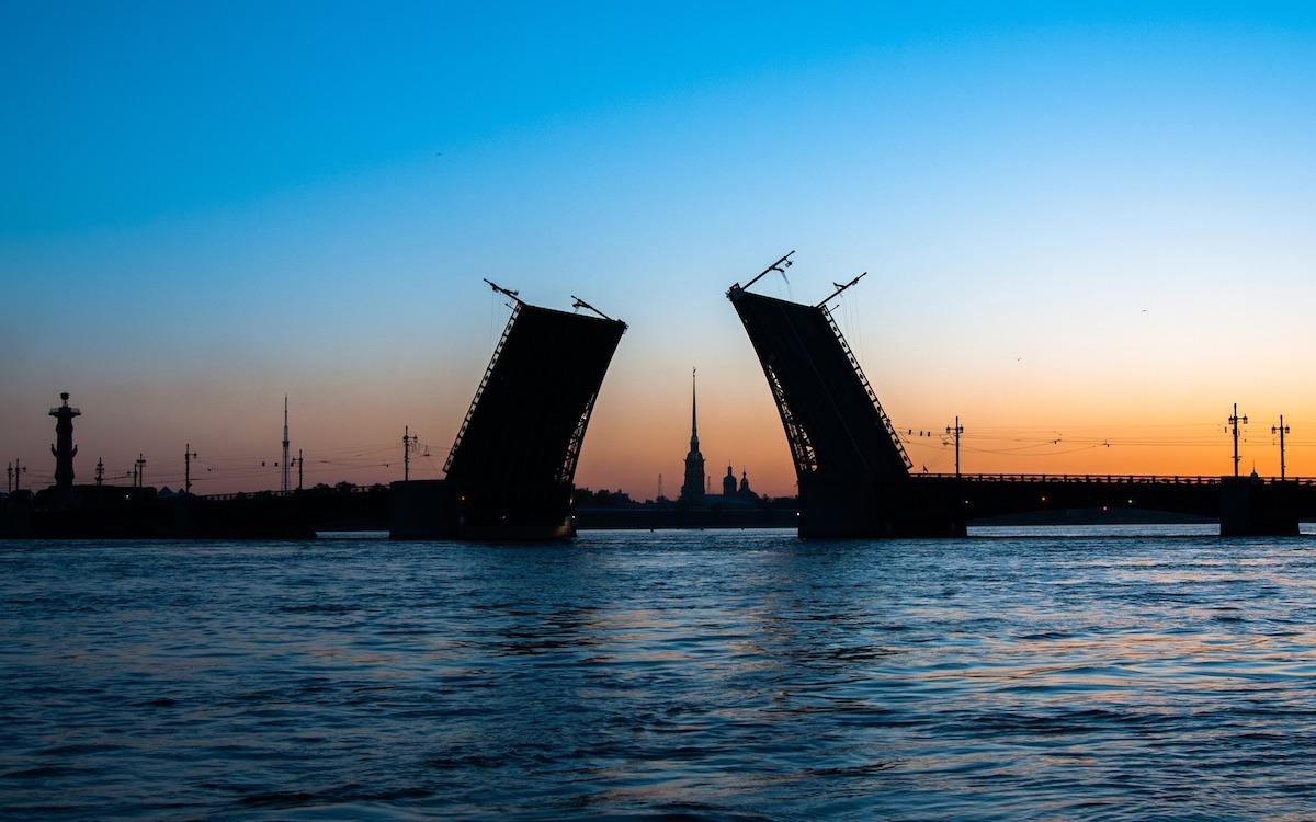 Санкт-Петербург. Разводной мост