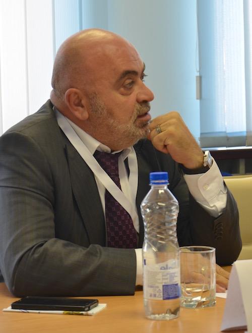 Т.Акопян