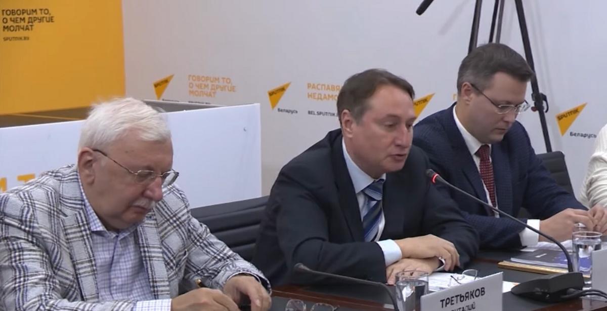 Слева-направо: В.Третьяков, В.Шеховцов, А.Кривошеев
